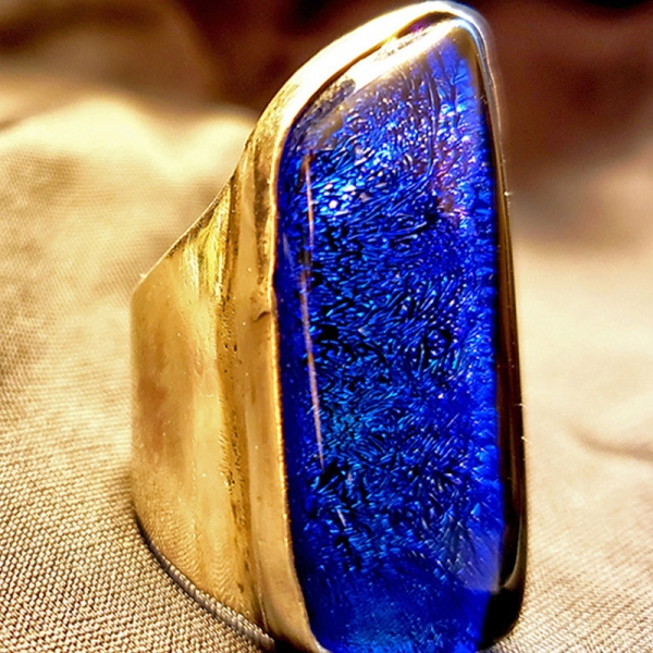 Aguas Azules (Sterling silver and dichroic glass ring, Size 6)