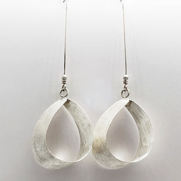 SIGNATURE EARRING DESIGN, In The Wind, Polished Sterling